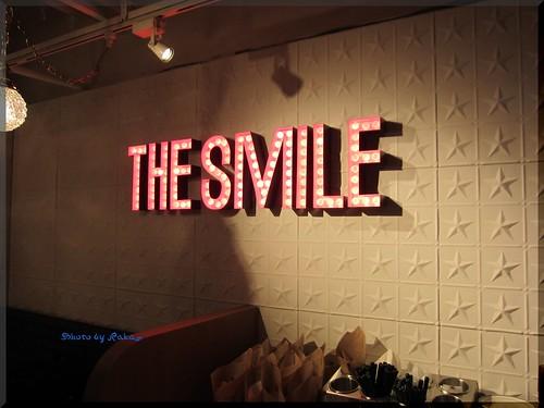 2013-04-23_ハンバーガーログブック_【新宿】The smile のプレオープンでスモークサーモンバーガー-01