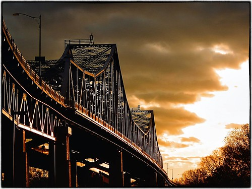 bridge sunset wisconsin scenery mississippiriver lacrosse justpentax pentaxx5