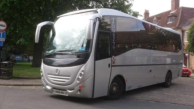 Sn06 knz mercedes touring coach tetleys motor services for Mercedes benz touring coach