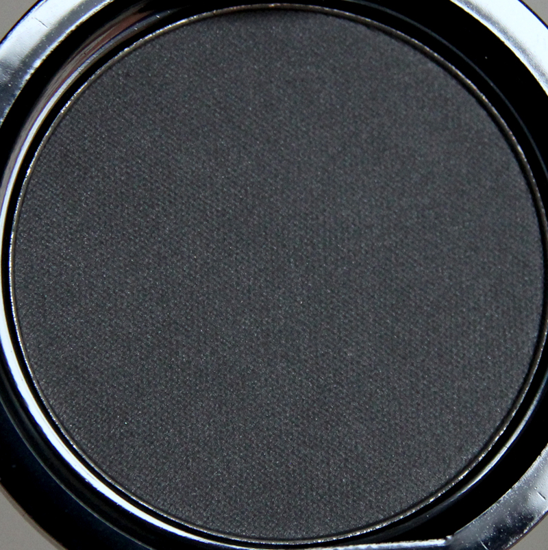 Claudia midnight black eyeshadow single1
