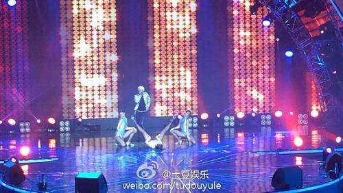 Taeyang-YoungChoiceAwards2014-Beijing-20141210_-254