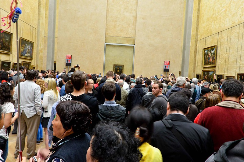 Crowded Mona Lisa