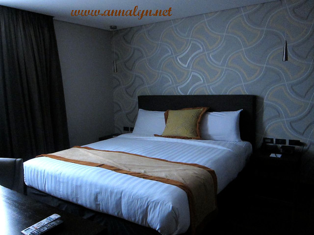 F1 Hotel Room