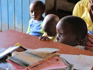 Child watching Kit Yamoyo ORS being mixed