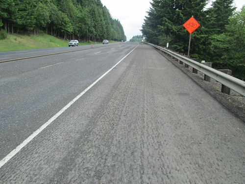 Grooved pavement for 5 miles into Scappoose