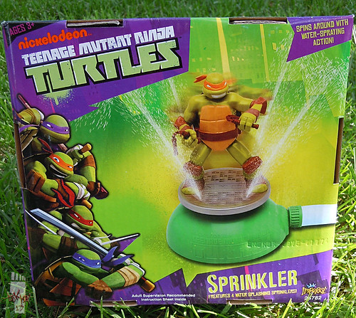 IMPERIAL TOY LLC. :: Nickelodeon TEENAGE MUTANT NINJA TURTLES :: SPRINKLER vii (( 2013 ))