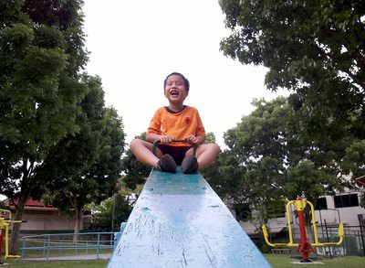 20130428_julianseesaw