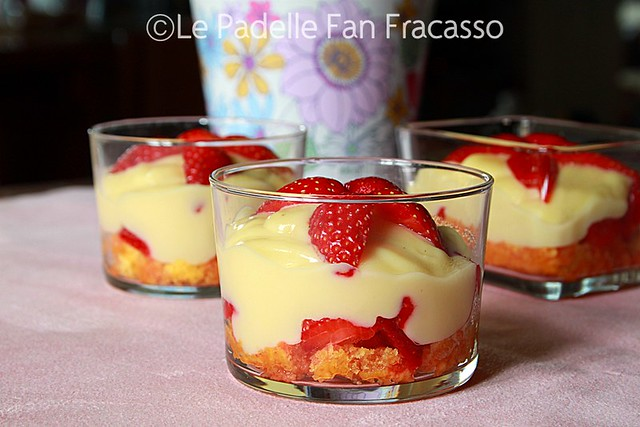 zuppa inglese alle fragole