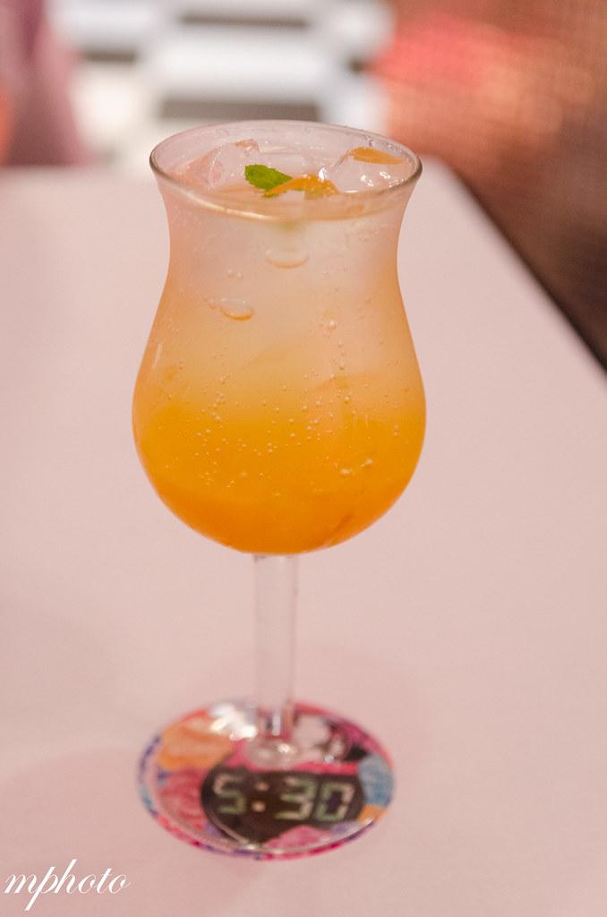 芒果柚子蘇打 台中義大利麵/甜點 華麗狂女士 華美店