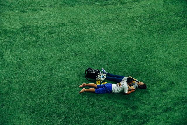 能在躺在比賽草皮上,太幸福啦