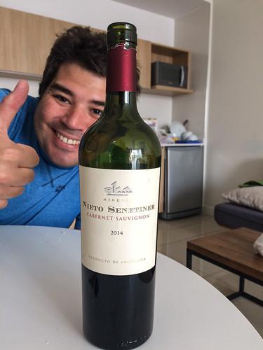 Buenos Aires: un nouveau cabernet sauvignon de tester. Après tous nos essais, nous sommes désomrais surs de préférer le Cabernet Sauvignon au Malbec.