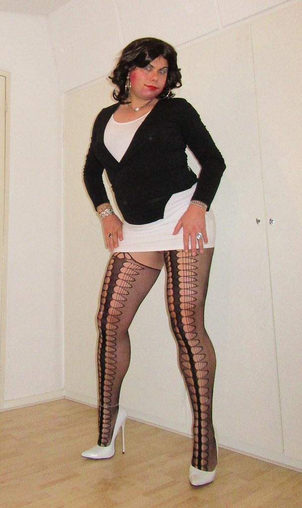 White pantyhose white heels