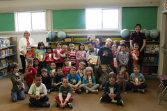 Alan Woo with kindergarten and grade 1s at lass at Courtenay Elementary
