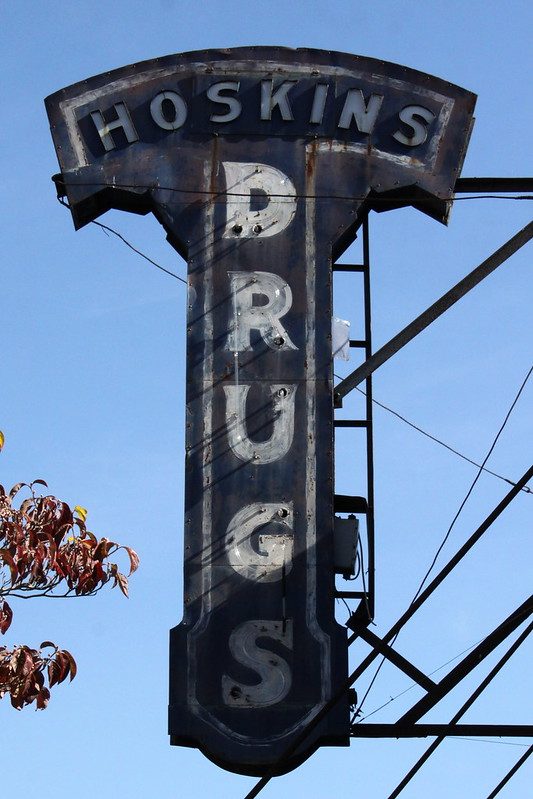 Hoskins Drugs - Clinton, TN
