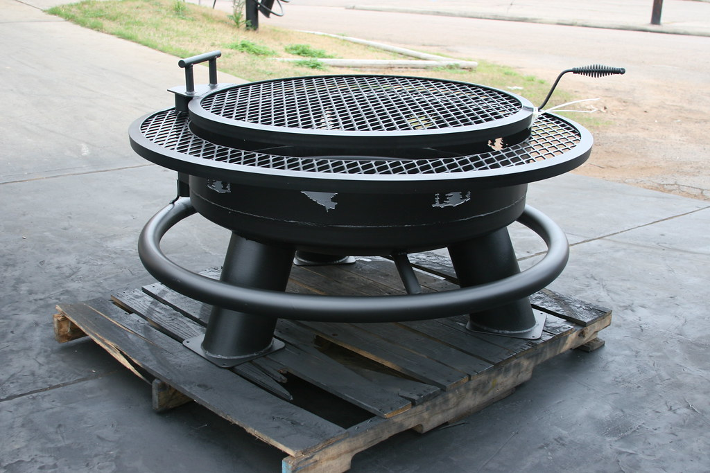 "ELK & TREES WITH A 2"" SOLE SAVER, REGULAR GRILL & TANKHEAD"