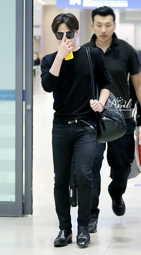 gdragon_return_from_chengdu_incheon-20140615 (17)