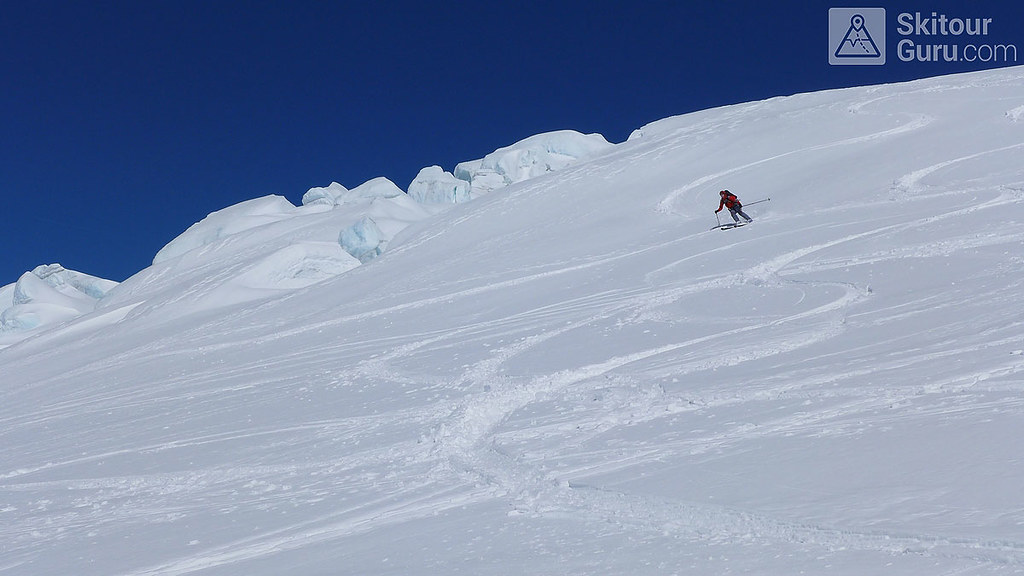 Haute Route Swiss Glacier, Downhill Rosenhorn, Berner Alpen:http://skitourguru.com/oblast/12-berner-alpen-alpes-bernoise, Switzerland.
