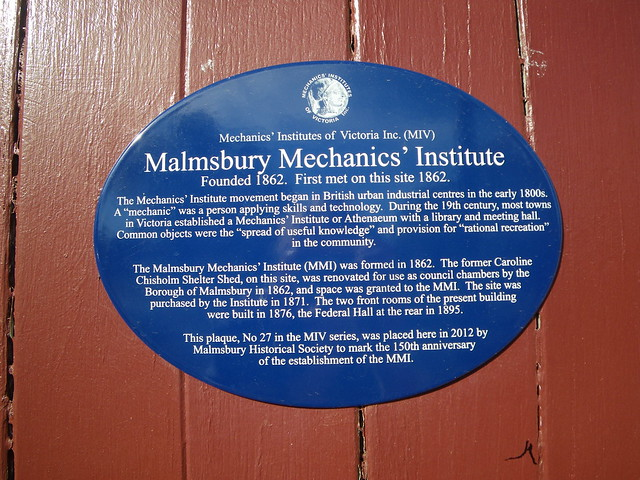Photo of Malmsbury Mechanics' Institute blue plaque