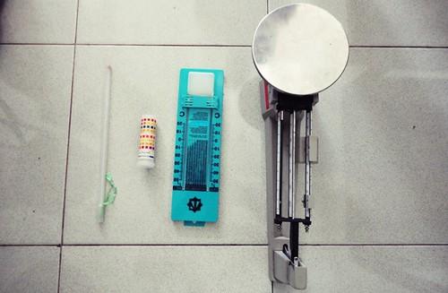 DSC05004 termometer, lakmus, higrometer, neraca o'haus