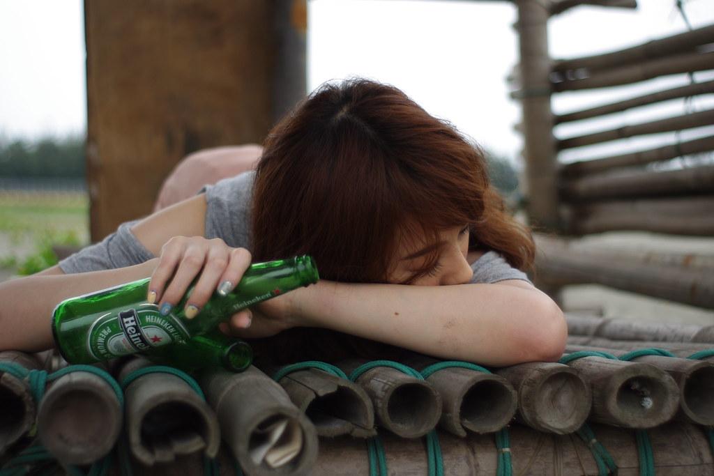 淋雨-喝醉酒-1020505