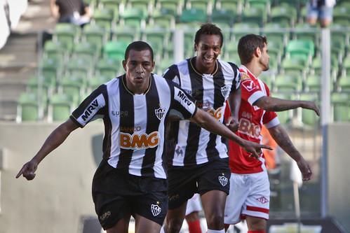 Atlético x Tombense 05.05.2013