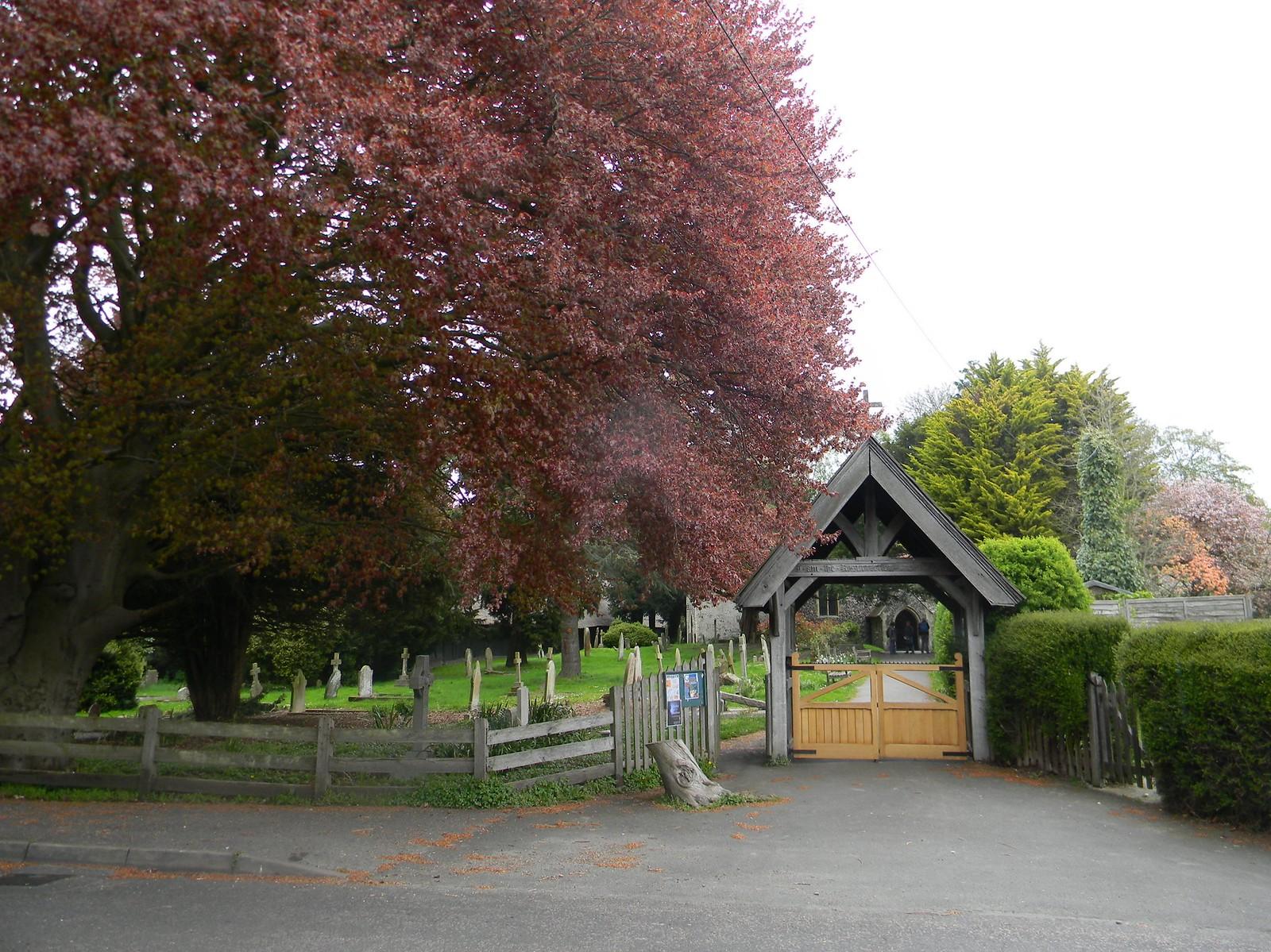 Littlebourne churchyard Bekesbourne Circular