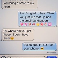 Needed a smile today.  #textingwithmom #lol #loveher #emoji