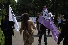 V pochodu
