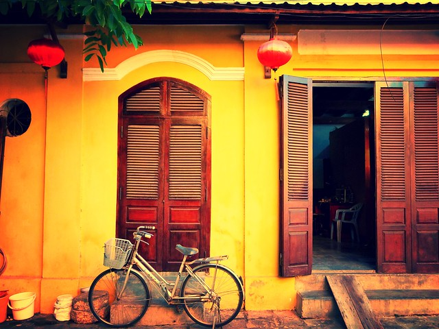 Una calle de Hoi An (Vietnam)