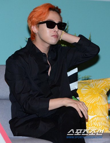 G-Dragon - Airbnb x G-Dragon - 20aug2015 - Sports Chosun - 09