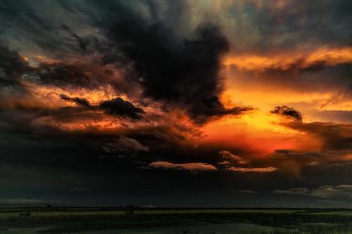 williams california october 2016 greatsunset sunset stormclouds stormy ominous naturesbeauty nature sonyilce7rm2 sony fe41635zaoss alvinharp