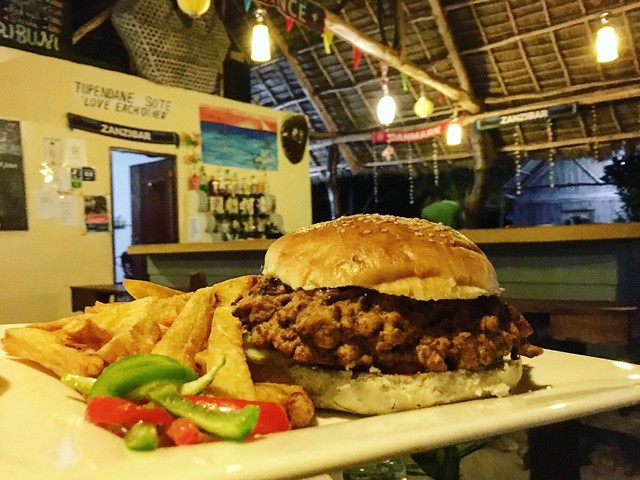 タンザニアのリゾートでハンバーガー〜Dream Summer Lodge(タンザニア・ザンジバル パジェ)〜