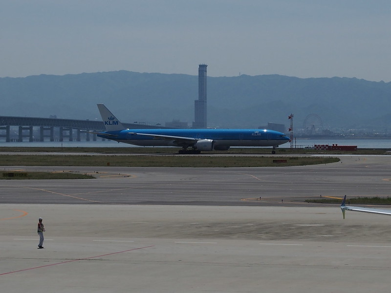KLM B777 in Kansai International Airport