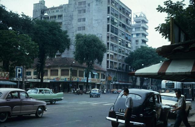 Saigon, August 1963 - ĐL Nguyễn Huệ