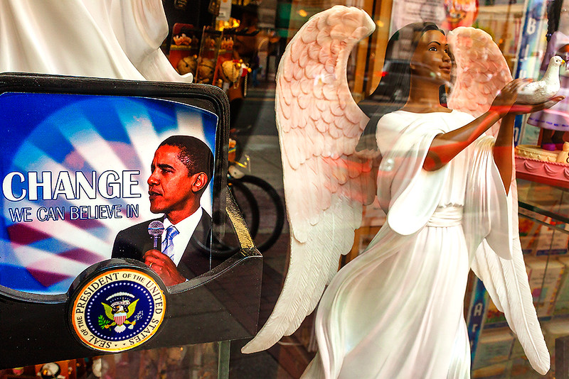 Obama-with-angel--Center-City