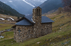 Chapel in the Pyrenees that you could stumble upon
