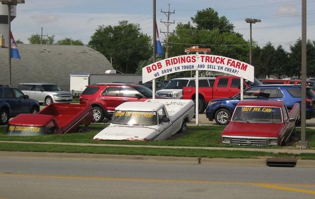 Bob Ridings Taylorville >> photo