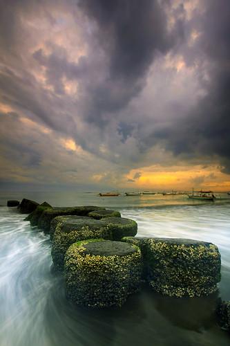 bali cloud sunrise indonesia landscape photography long exposure tour wave guide breaker sanur baliphotography flickraward flickraward5 flickrawardgallery balitravelphotography baliphotographytour baliphotographyguide