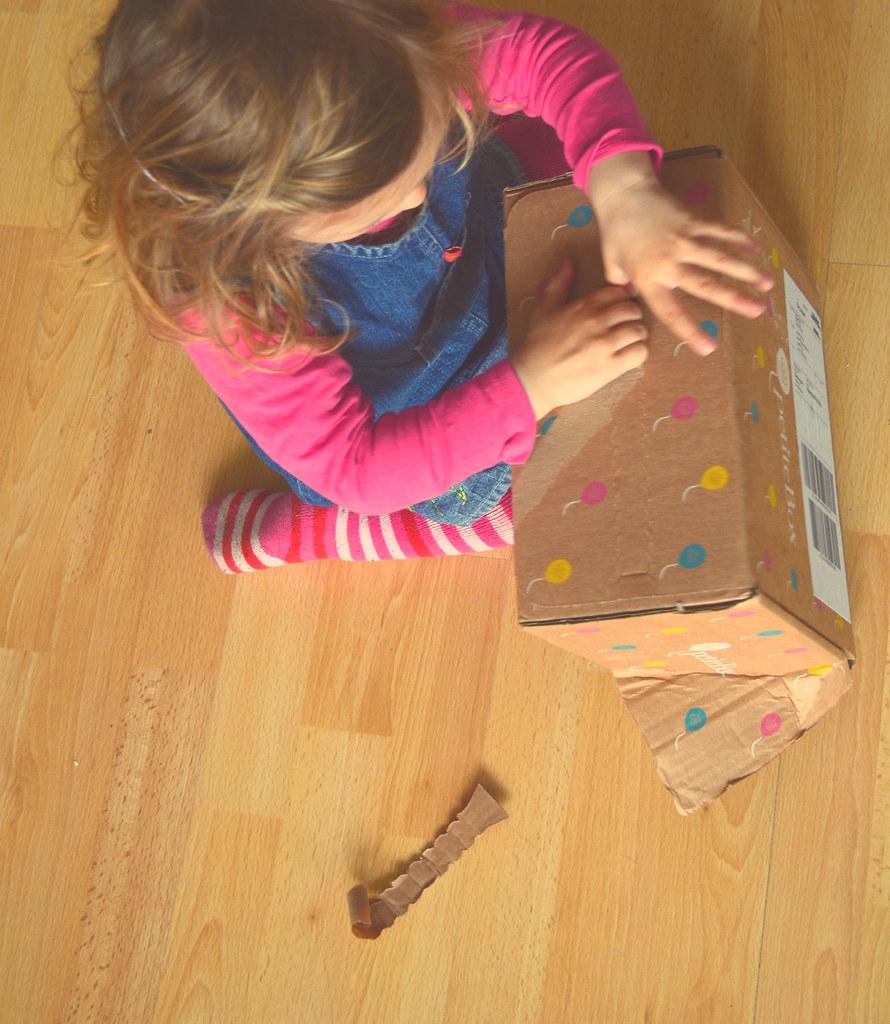 Geheimnisvolle Kiste? Schnell aufmachen :)
