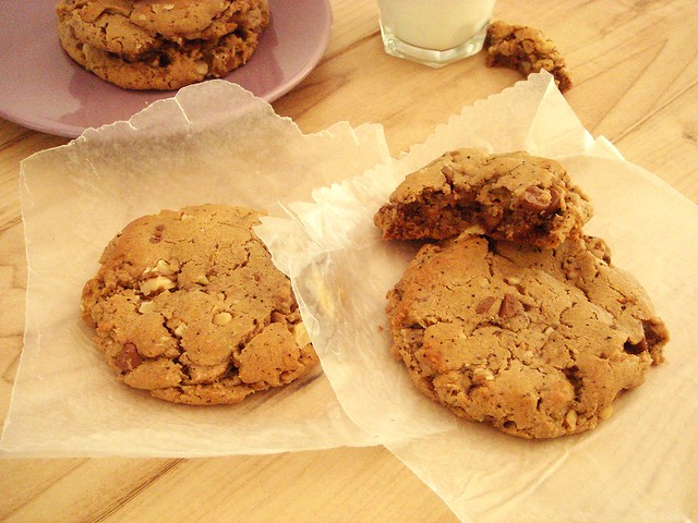 running foodie chocolate chip cookies