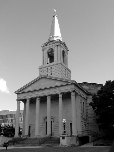 First Baptist Church (Black & White) - Downtown Knoxville