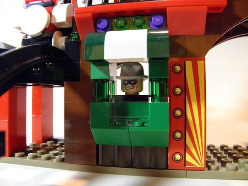 6857 funhouse Riddler fortuneteller machine
