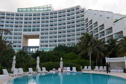 Hotel Live Aqua