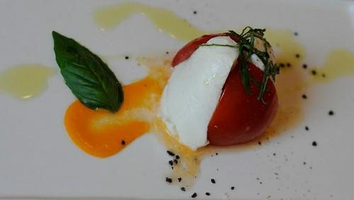 Caprese - Italian Buffalo Mozzarella Cheese, Vine Ripened Tomato & Basil