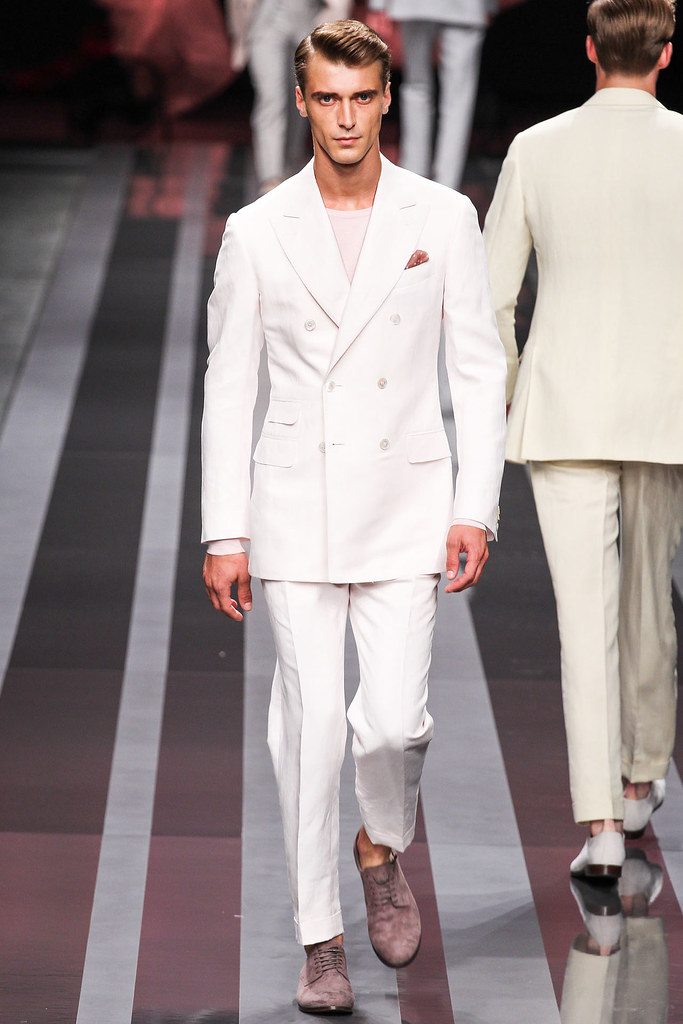 SS13 Milan Canali016_Clement Chabernaud(VOGUE)