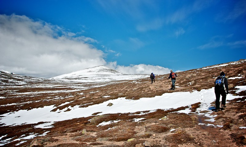Heading towards Derry Cairngorm