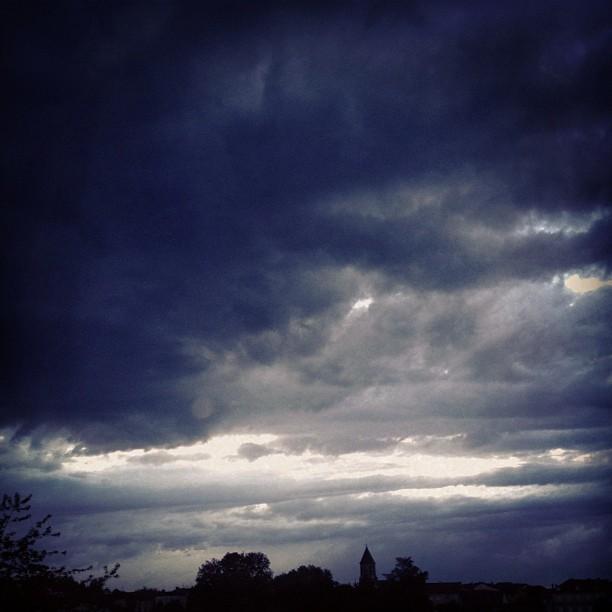 Quand le ciel bas et lourd - Charles Baudelaire 7522423462_4455abae89_o