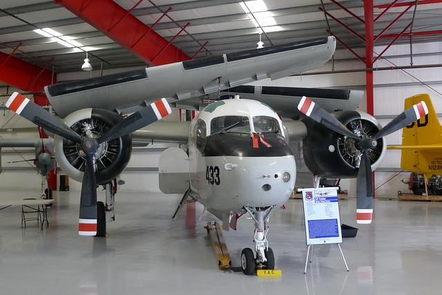 Grumman S-2F Tracker