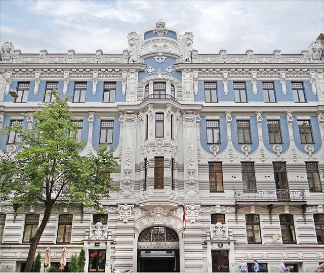 Arquitectura art nouveau en el centro histórico de Riga. Letonia