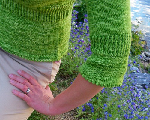 lime sorbet cuff and hem detail